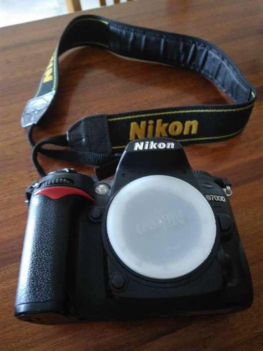 Nikon D7000 con lente 18 105 VR 24.048 disparos