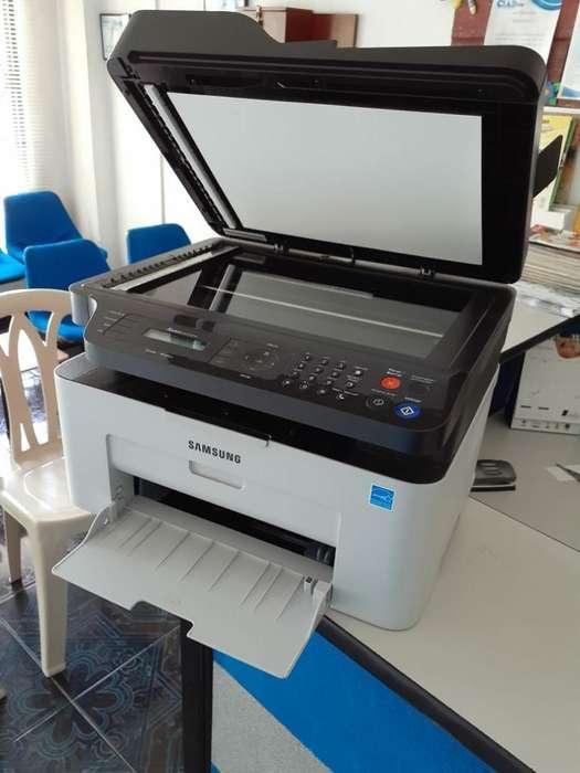 Impresora Samsung Xpress M2070fw