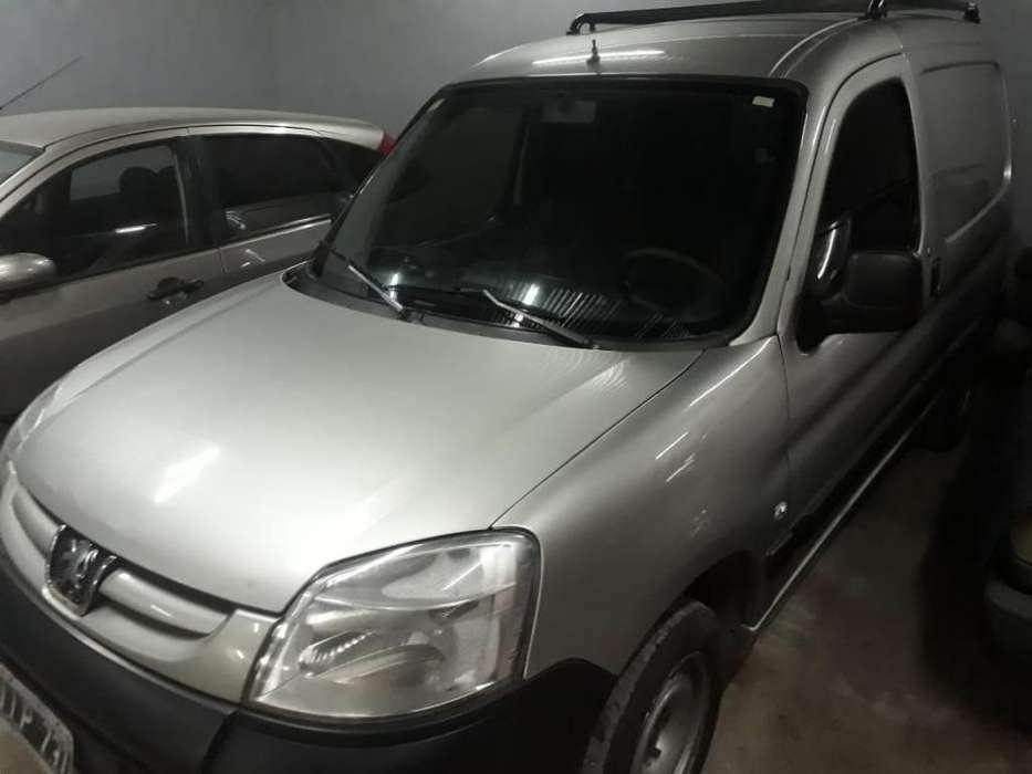 Peugeot Partner 2012 - 124000 km