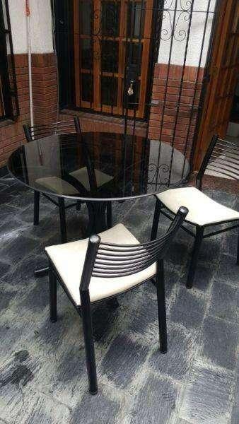 Mesa de Vidrio Simet Y Tres <strong>silla</strong>s