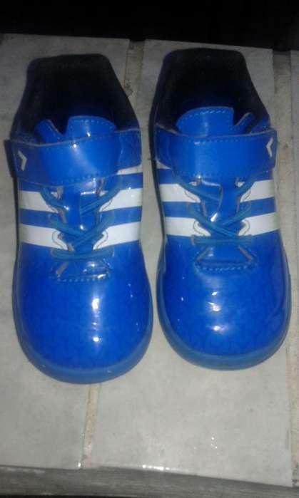 Zapas Adidas Originales Talle 25