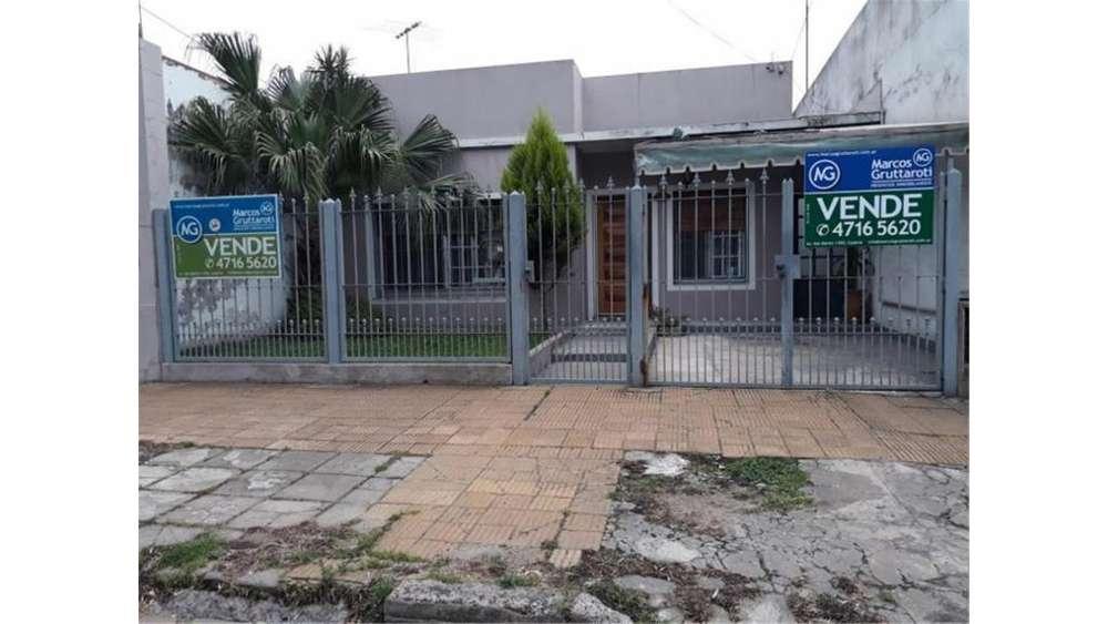 Diego Pombo 6160 - UD 139.800 - Casa en Venta