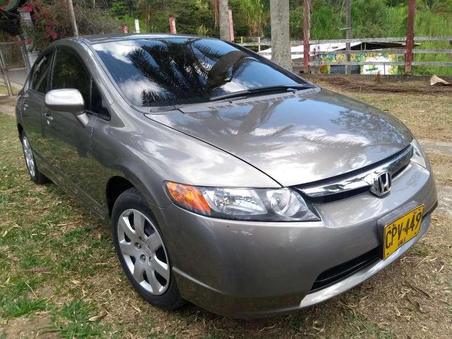 Honda Civic 2007 - 180000 km