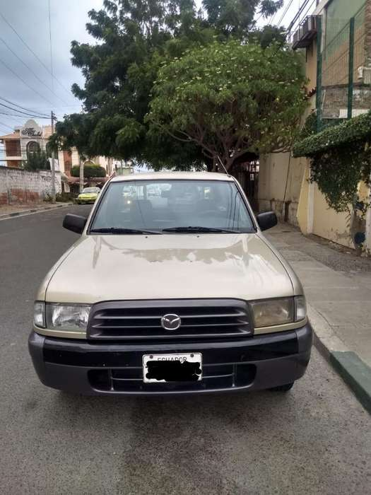 <strong>mazda</strong> B 2200 2003 - 265677 km