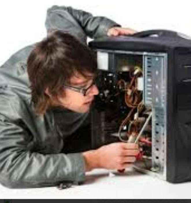 Se Necesita Técnico de Computadores