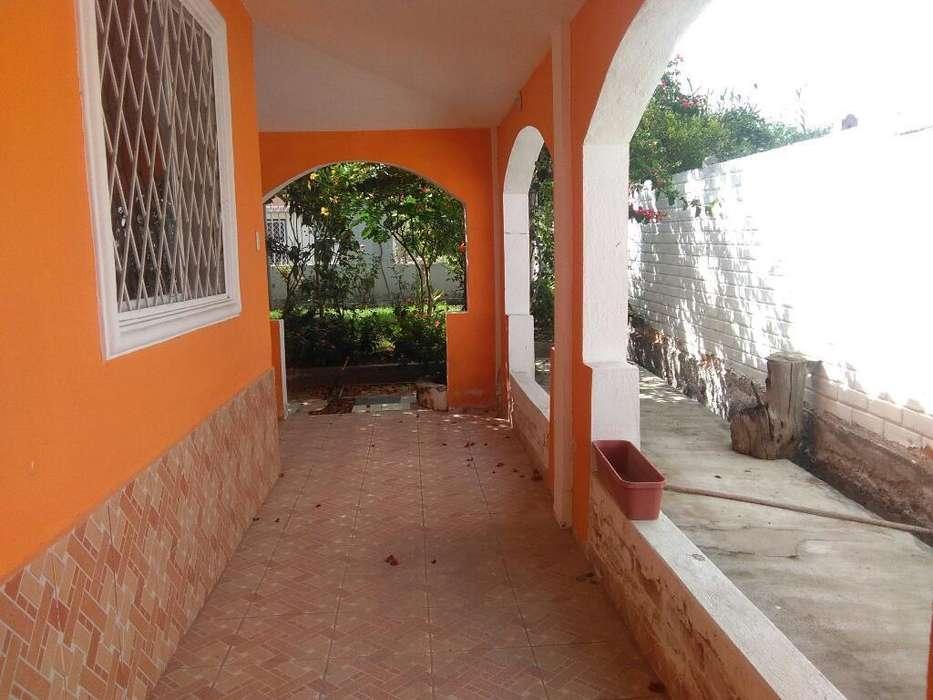 ECUASOLUCIONES vende casa de campo un piso, con 1000 metros de terreno en Ambuqui