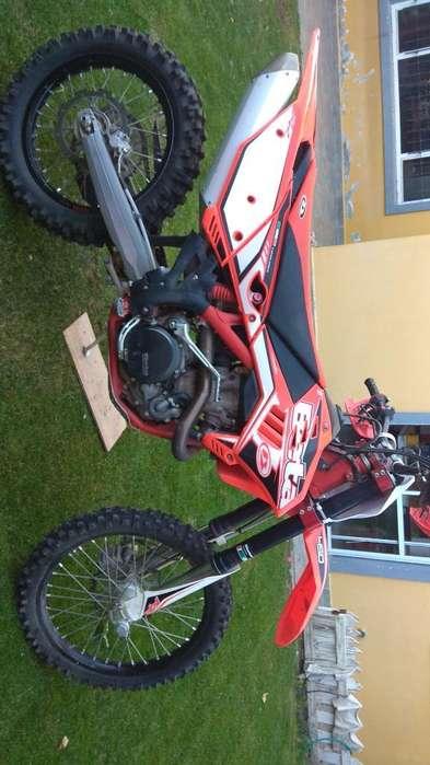 Moto Enduro Beta 450 Rr 2012 (italia)