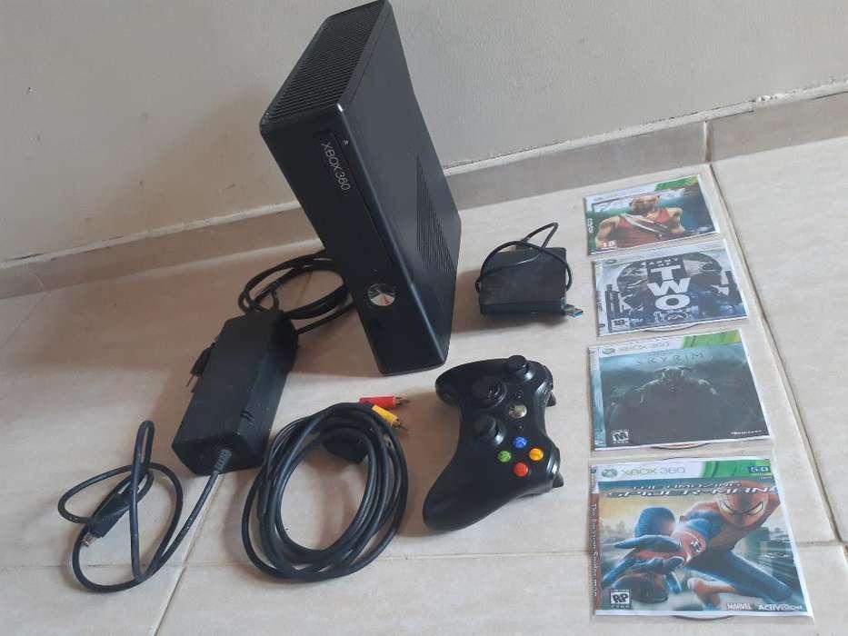 Xbox 360 Slim con Chip 5.0 Y Disco Duro.