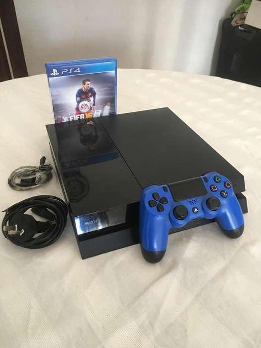Líquido Playstation 4 Fat 500 gb 1 joystick 1 juego impecable! Recibo play 3