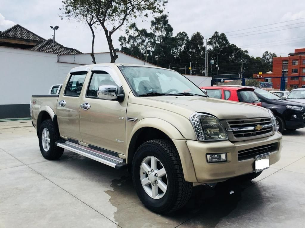 CHEVROLET LUV DMAX CD V6 4X4 AÑO 2007