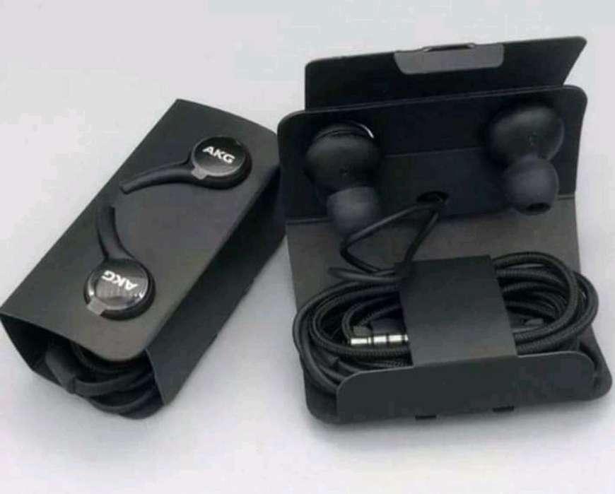 Audífono Akg Samsung S10 Original