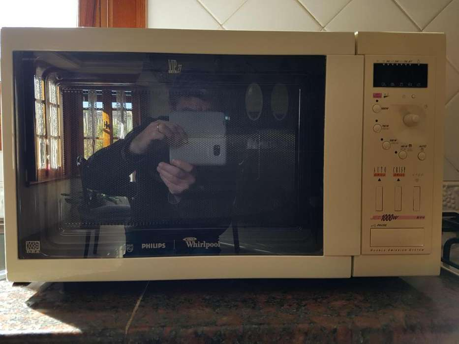 Horno <strong>microondas</strong> PHILIPS WHIRLPOOL 28 LTS con GRILL, muy poco uso. IMPECABLE!!!