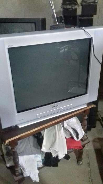 <strong>televisor</strong> Intacto