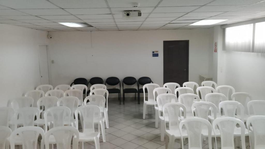 Alquiler( Auditorio/Sala de Capacitaciones/Aula) completamente equipados al mejor precio de Guayaquil