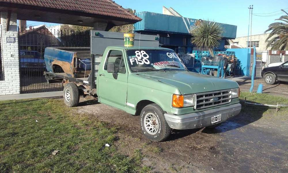 Ford F-150 año 1988 chasis largo