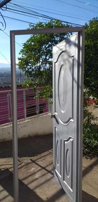 Puerta con Diseño Y Marco