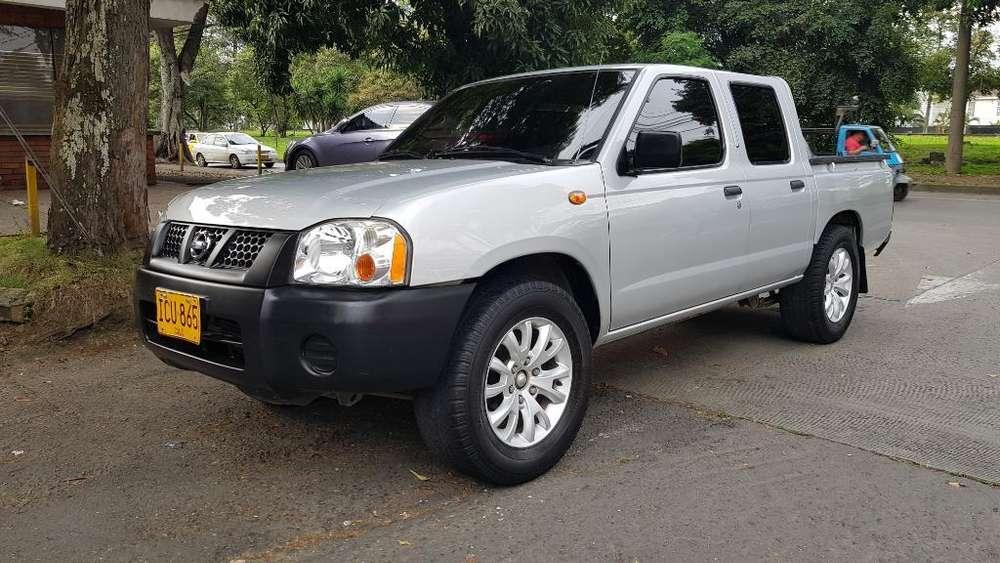 Nissan Frontier 2015 - 80000 km