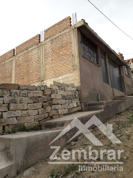 EN VENTA BONITO TERRENO RESIDENCIAL EN SOCABAYA URB. LA MANSIÓN II DE 128 m2.
