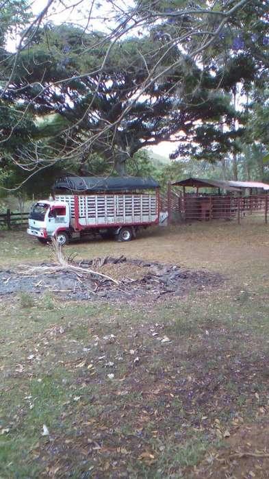 Vendo Camion Turbo Nissan Ud 41 2006 Pub