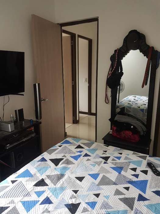 Arriendo Apartamento Amoblado con Picina