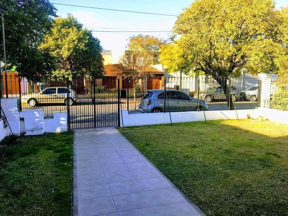 Casa de 2 dormitorios en venta, Cerro de las Rosas. Zona Norte