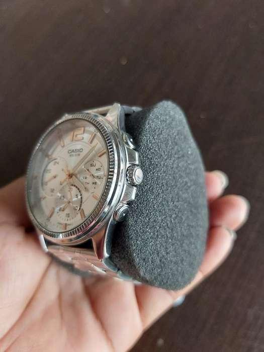 Vendo Reloj Casio E305