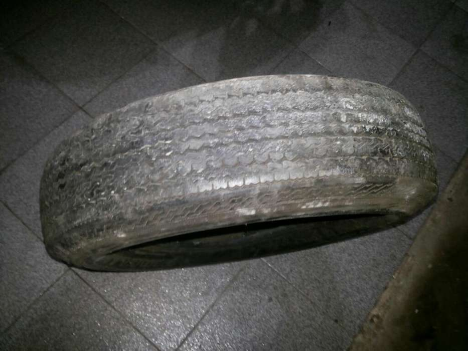 Neumático Pirelli Ford Falcon68 Original