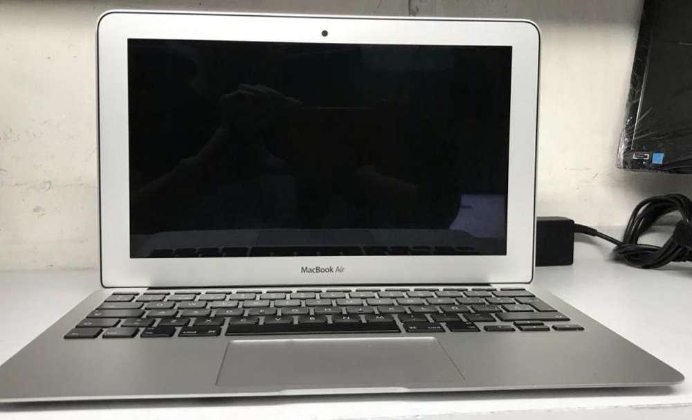 MacBook Air*2013* Ram 8gbDisco Solido 120Materia Nueva