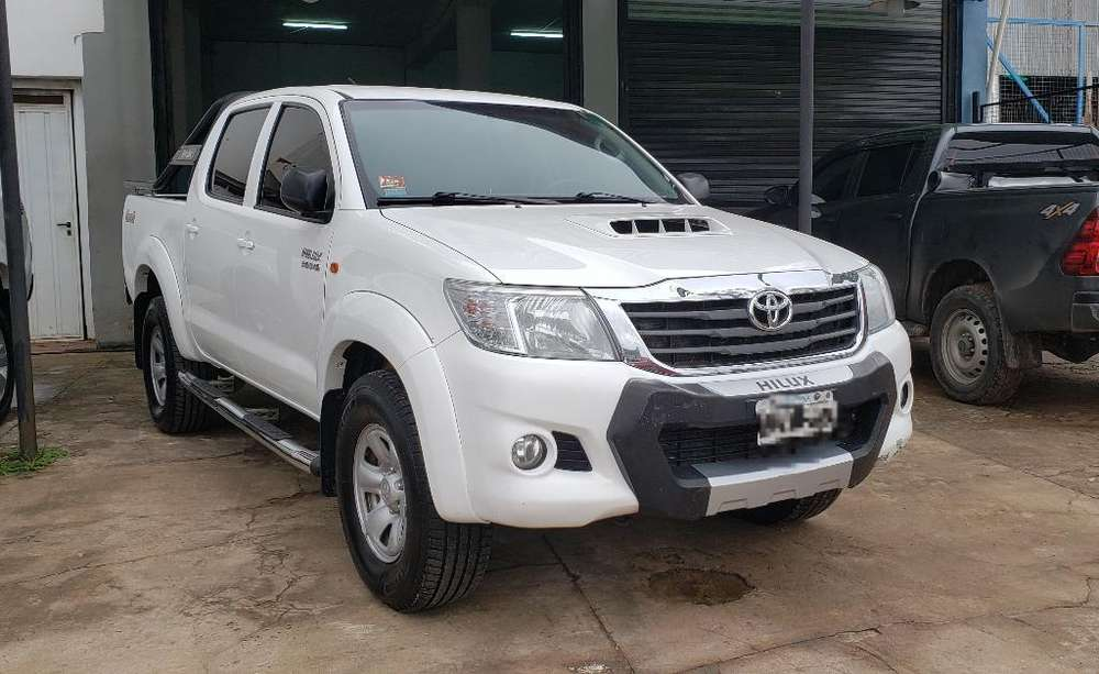 <strong>toyota</strong> Hilux 2014 - 225000 km