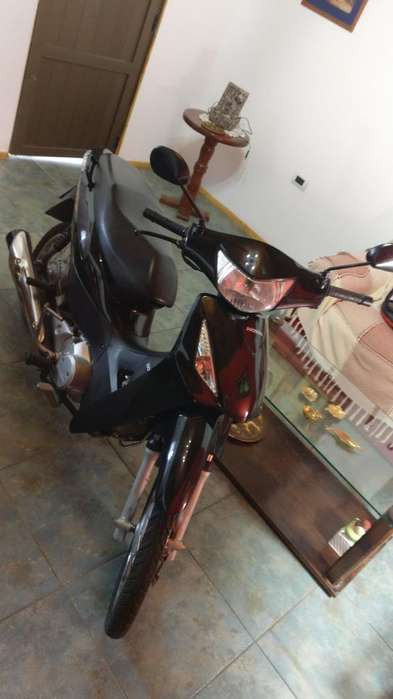 Vendo <strong>honda</strong> Biz Impecable