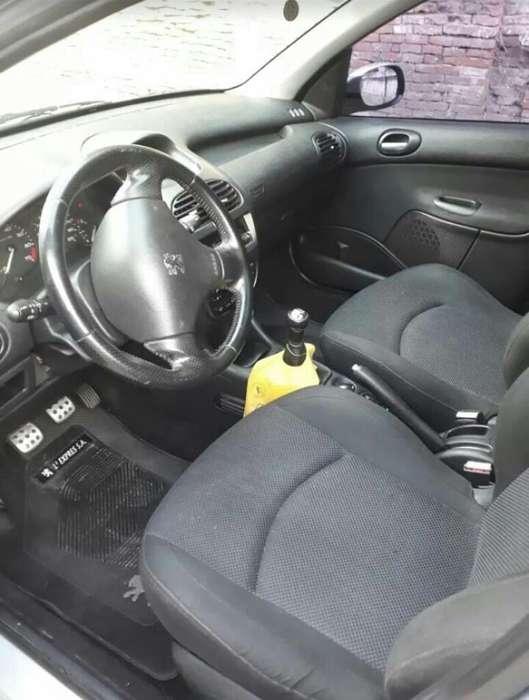 Peugeot 206 2007 - 145000 km