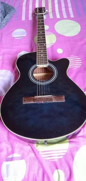 Guitarra Electroacústica Poco Uso