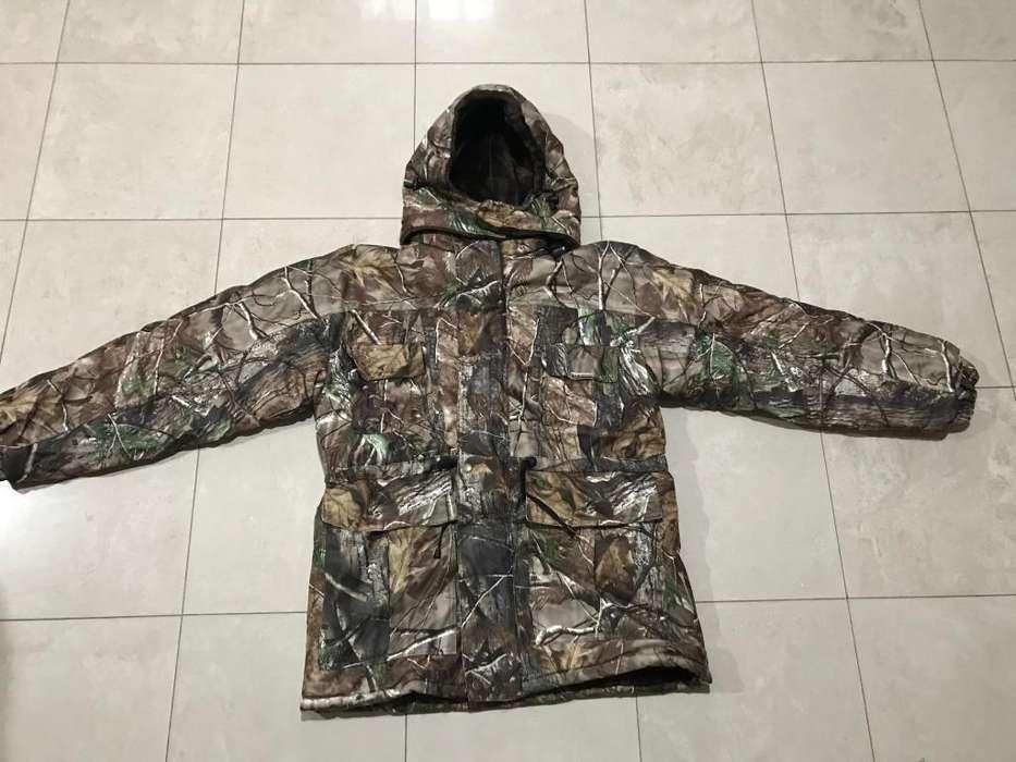 Conjunto camuflado impermeable unisex. Caza, moto, pesca, nieve