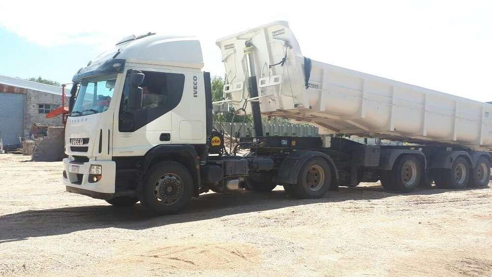 Camion Cursor 450c33t con Batea Randon
