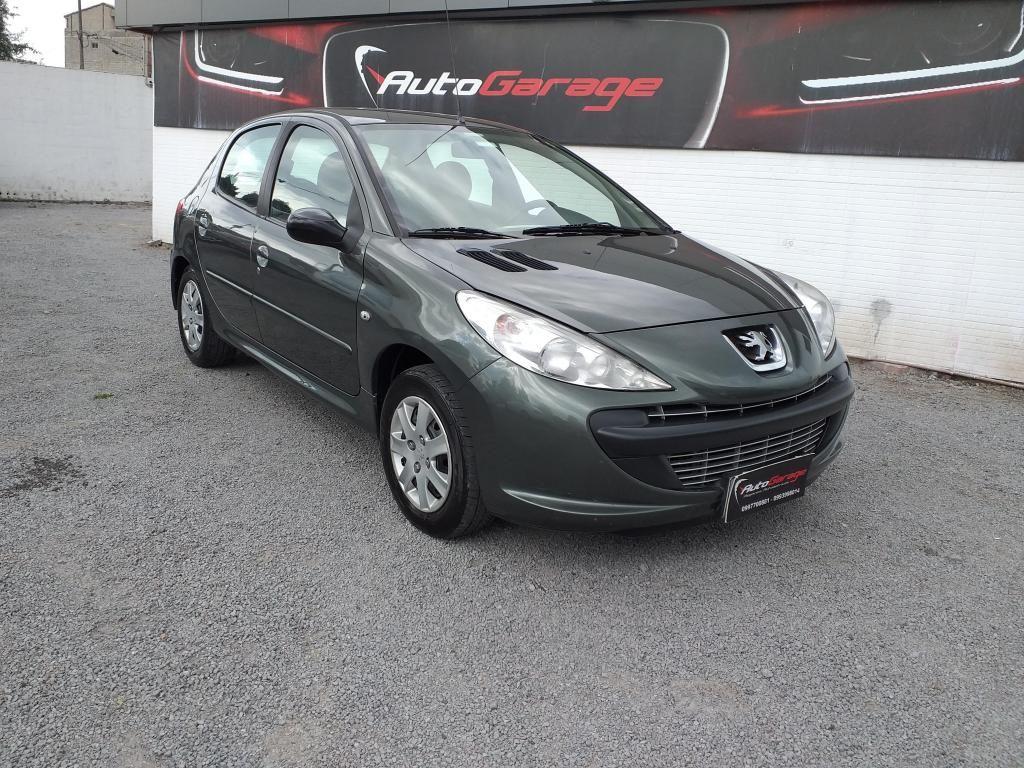 Peugeot 207 Compac 2012
