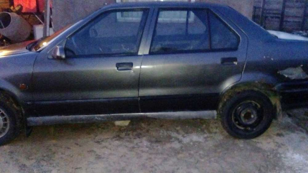 Renault R19 1994 - 100000000 km