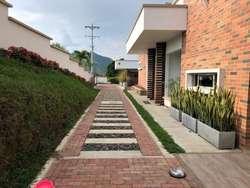 Casa campestre en Combia, con lote de 2150 metros muy cerca a la ciudad
