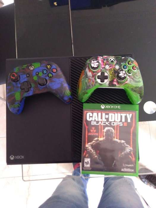 Vendo Xbox One Fat Negociable