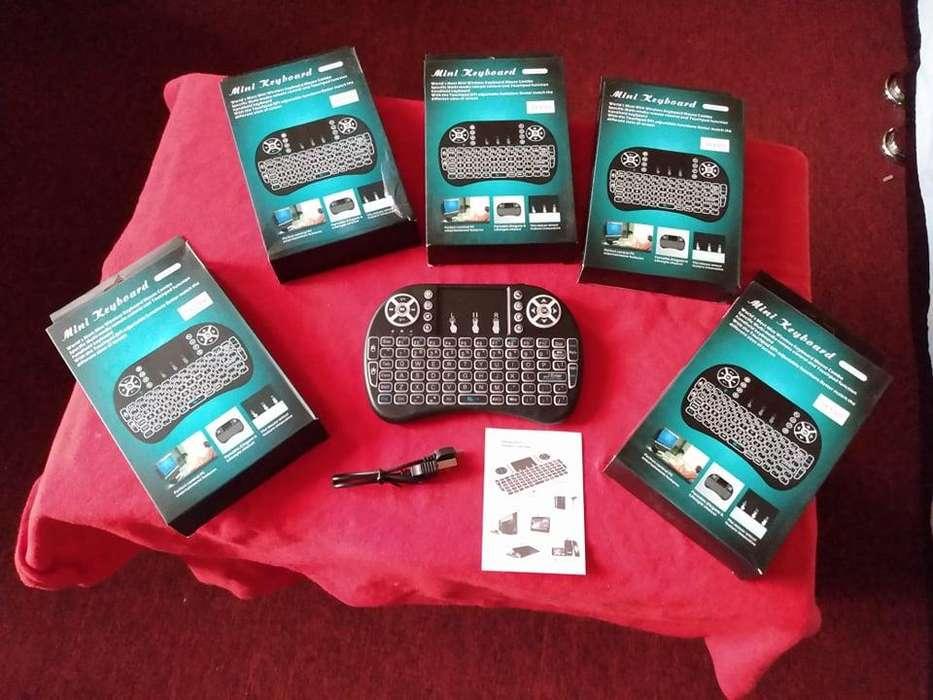 mini teclado QWERTY bluetooth retroiluminado para smart tv y otros