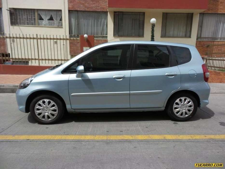 Honda FIT 2007 - 74000 km