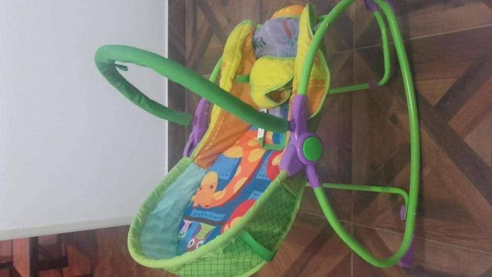 silla mecedora Carestino