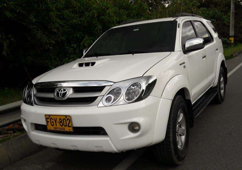 Toyota Fortuner 2008 - 202000 km