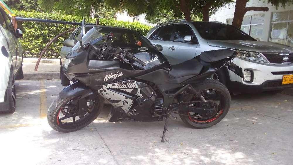 <strong>kawasaki</strong> Ninja 250 Mod 2012