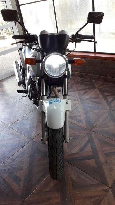 Vendo Honda Twister 250