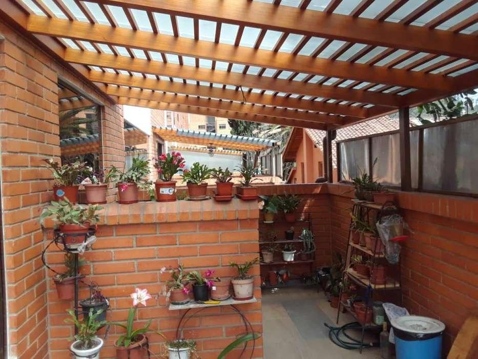En venta, Departamento Edificio Pórtico del Río, calle Felipe segundo y Primero de mayo.