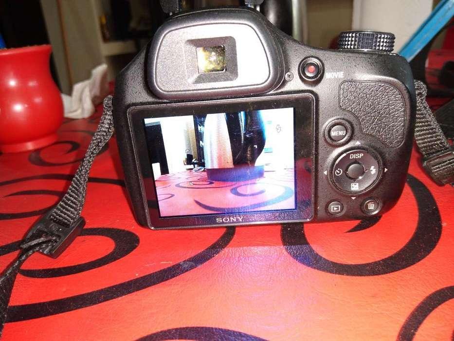 Camara <strong>sony</strong> Cyber Shot Dsc H400