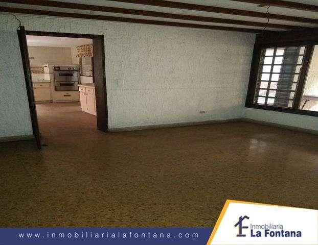 Cod: 3231 Arriendo Casa Comercial en el Barrio Caobos