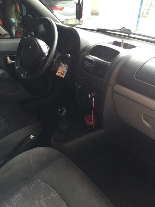 Renault Clio  2008 - 113000 km