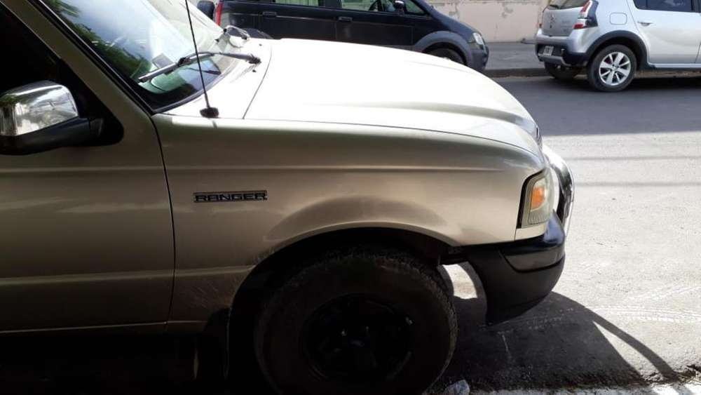 <strong>ford</strong> Ranger 2005 - 200000 km