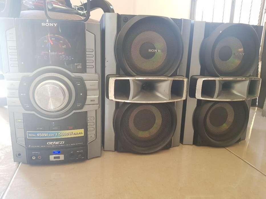Equipo de Sonido Sony Genezi 5000w